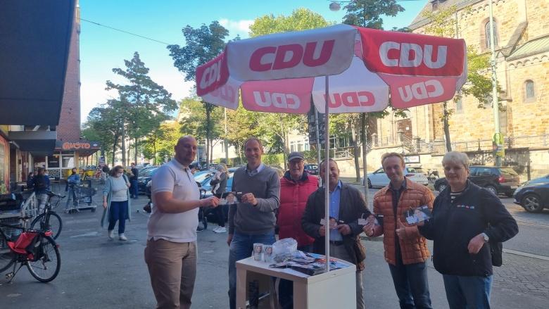 Wahlstand am Bebelplatz